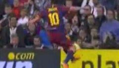 Messi ztrestal fandy za vulgarity ranou do diváků