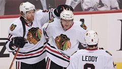 Šampion z Chicaga se v play off NHL dál vzpírá