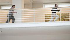 Student proti Knížákovi: v galerii se strhla honička