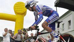 Štybar po kolizi s divákem skončil na Paříž-Roubaix šestý