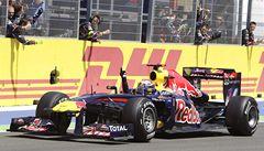 Bezkonkurenční Vettel vyhrál i ve Valencii