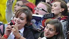 První trojice knih se nemění. Vítězí Harry Potter