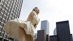 V Chicagu koukají pod sukni Marilyn Monroe