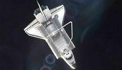Raketoplán Atlantis se vrací na Zem