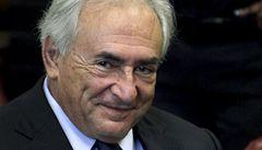Žalobce stáhl obvinění proti Straussi-Kahnovi