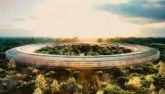 Stavba Fosterovy vesmírné lodi pro Apple vázne, prodražila o miliardy