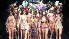 Na Miss World ruší promenádu v bikinách