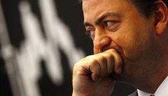 Evropské burzy svírá strach. Akcie prudce klesají a investoři utíkají