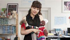 'Adopce na dálku nejsou fér, vzdělání potřebují i ošklivé děti'