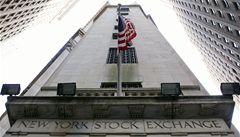 Americké akcie prudce klesly. Kvůli propadu cen ropy