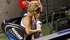 Williamsové drtí soupeřky, Clijstersovou zranění