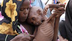 Hladovějícím Somálcům pomáhají i Češi
