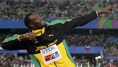 Bolt zase vítězí. A tančí radostí