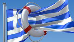 Eurozóna schválila vyplacení první části pomoci Řecku