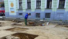 Archeologové v Mšenu objevili středověkou dílnu