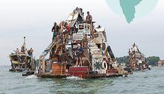 Po Ganze popluje loď, která se změní v město