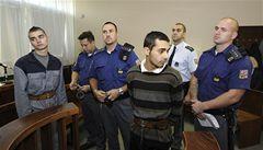Dva vězni chtěli oběsit spoluvězně, hrozí jim 20 let