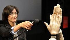 Tleskající roboti zahájili technický veletrh v Tokiu