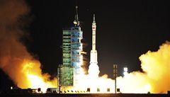 Čínský úspěch: kosmická loď se spojila s modulem