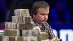 Lidé mě žádají o půjčky, vypráví rok po pokerové pohádce Staszko
