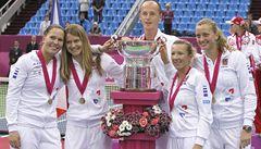 Trvalo to dlouho, ale fedcupová trofej je v Česku