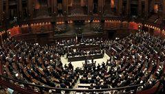Italský parlament odhlasoval snížení zákonodárců, nyní je na řadě úprava volebního systému