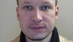 Breivik dostane poprvé poštu, v ní i nabídky k sňatku