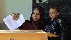 Islamisté v Egyptě získali 70 procent mandátů