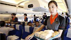 V thajských letadlech obsluhují transsexuální letušky