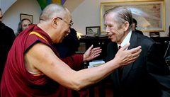 Dalajlama se strachuje o Havla, nabídl mu tibetskou medicínu