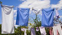 Vědci vynalezli bavlnu, která se čistí sluncem