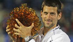 Nejlepší tenisté světa s trofejí od českého Lasvitu