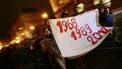Osobnosti podporují revoltu studentů proti reformám
