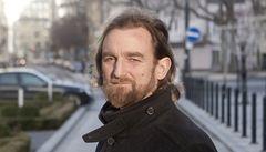 Novinář píšící o slovenských tajných službách byl přepaden a okraden