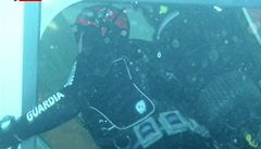 Potápěči použili v lodi výbušniny