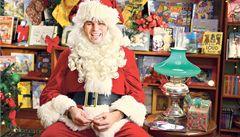 Jágr jako Santa Claus je neetický, učí sázet děti