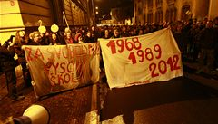Studenti vyjdou do ulic na protest proti reformě VŠ