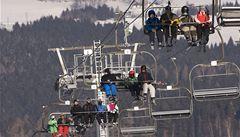 Zloděj v Desné ukradl lyžařský vlek, škoda je 200 000 korun