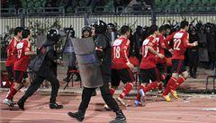 Egyptský soud poslal na smrt 21 lidí za násilnosti při fotbale
