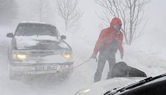 Kalamita v Česku: sníh zavřel silnice, mráz opět zabíjel