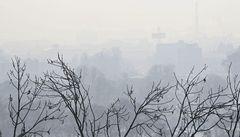 Praha se dusí. Aktivisté nachystali 'smogový dýchánek'