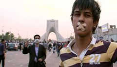 'Jste homosexuálové a satanisti,' zatýkal Írán na oslavě narozenin