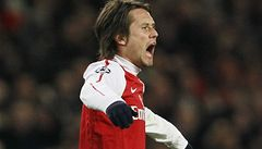 Rosický se vrací po zranění. Nastoupí ve středu za Arsenal?