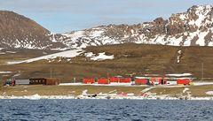 Monografie o Antarktidě popisuje i výzkum na polární stanici