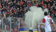 Sparta zaplatí za dělbuchy a hrozí jí uzavření stadionu