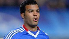 Za výbuch granátu v areálu Chelsea mohli mladí hráči
