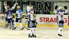 Hokejisté Plzně dobyli Brno a živí naděje na postup