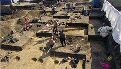 Archeologové našli v Bubenči stopy po domu starém přes 7500 let