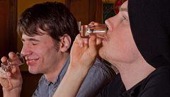 Boj s alkoholem? Omezit místa, kde se prodává