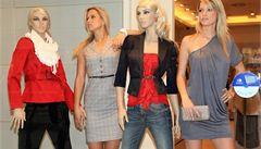 Živé modelky ve výlohách? 'Je to ponižující a sexistické'